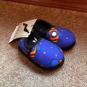 Norty spaceship slippers toddler size 5
